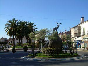 Foto-plaza-castillo-lacabra-Casa-Rural-El-Vergel-de-Chilla