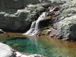 Foto-charca-Casa-Rural-El-Vergel-de-Chilla