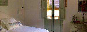 Foto-abejas-interior3-Casa-Rural-El-Vergel-de-Chilla